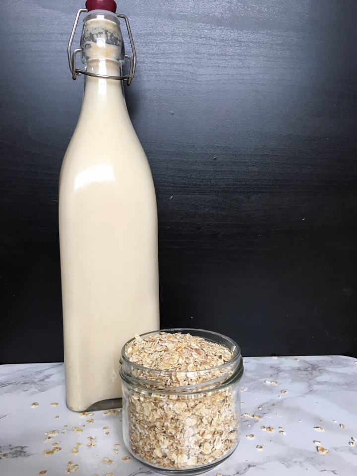 Creamy organic oatmilk