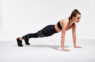 2018.05.18_Welle-Co-Exercises_W3_Mountain-climbers-into-plank-jumping-jacks_26910